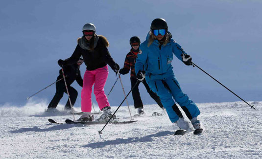 Ski Group Lessons for intermediate and advanced skiers in Kaprun